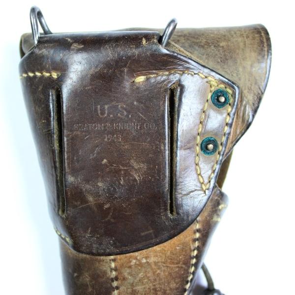 44th Collectors Avenue - M1916 Colt holster w/ British paratrooper