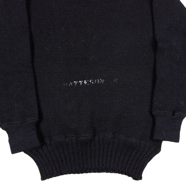 44th Collectors Avenue - US Navy blue wool sweater & white ...
